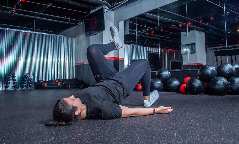 Single-leg Hip Lift core workout