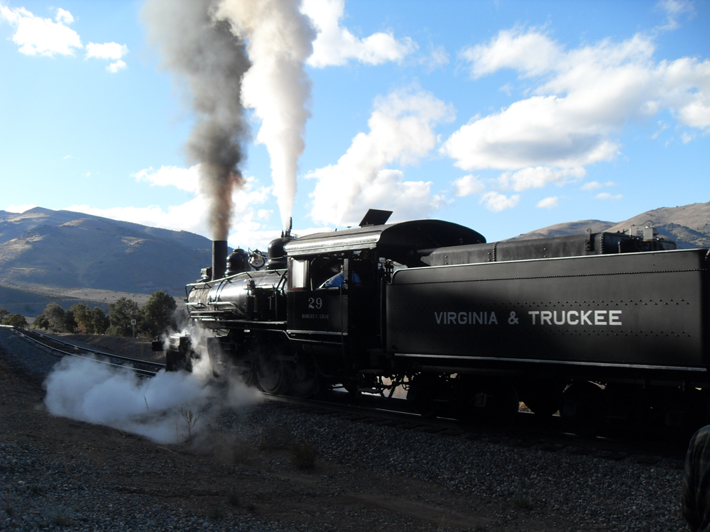 things to do in tahoe steam train