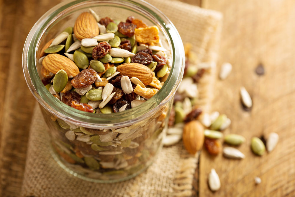 healthy snacks for kids trail mix