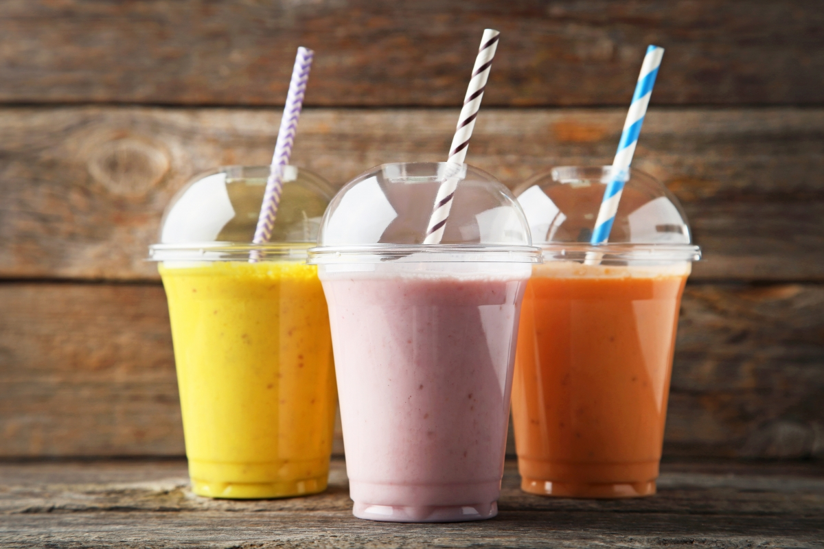 healthy snacks for traveling smoothies