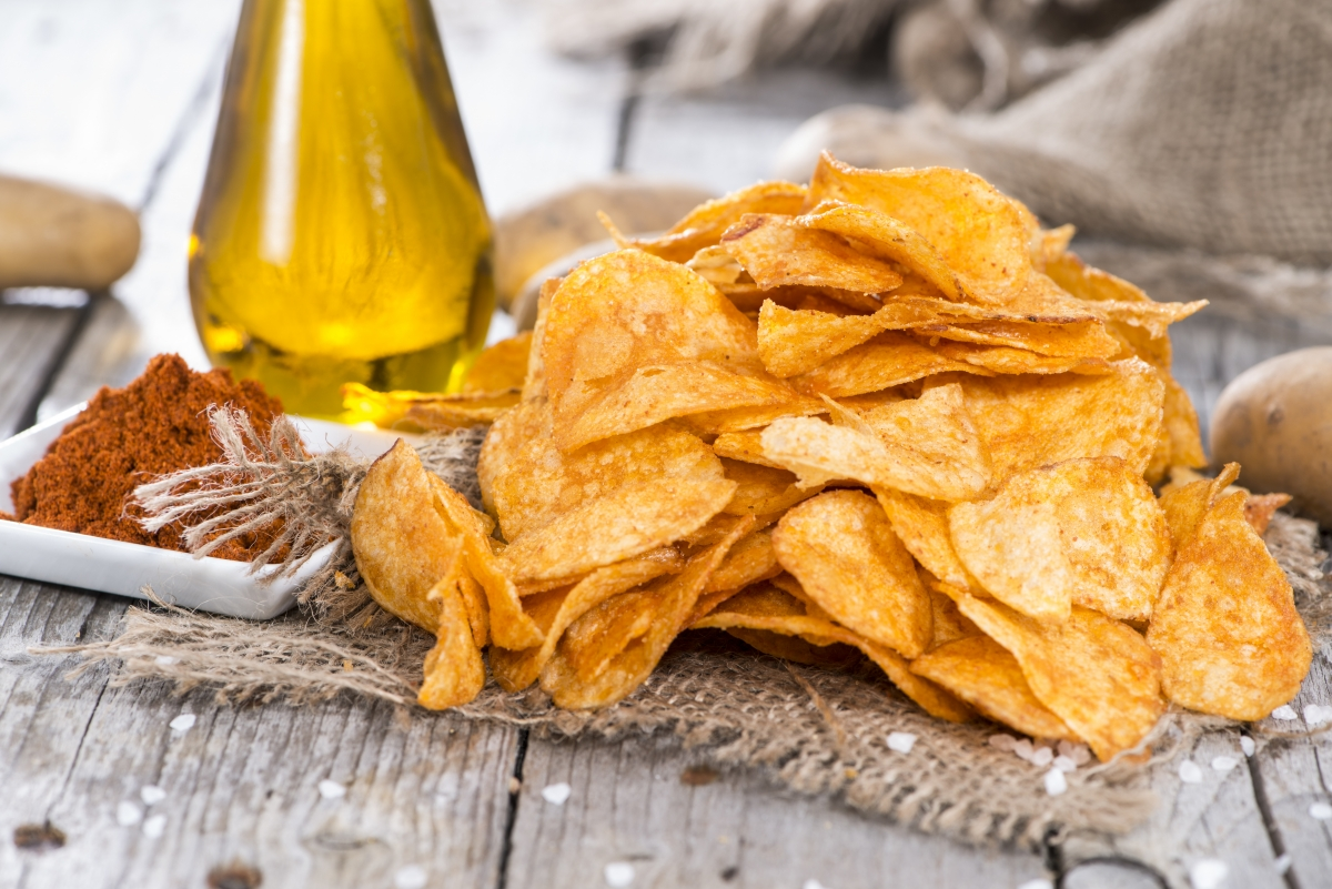 healthy snacks for traveling potato chips