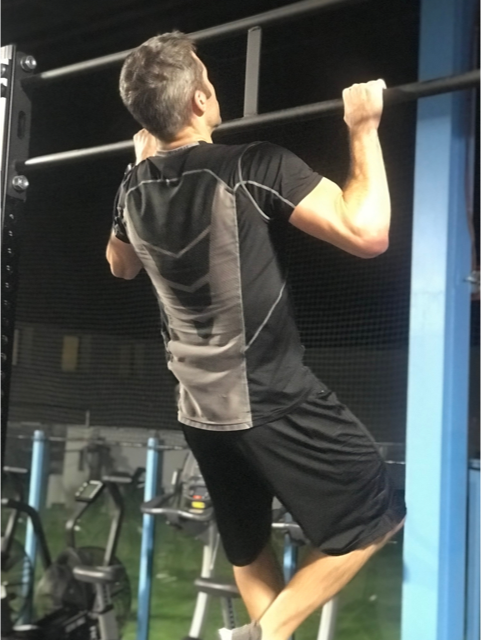quick HIIT workout pullups